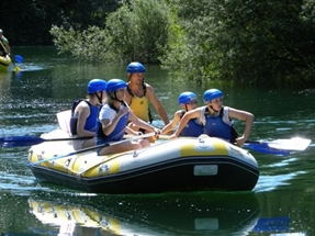 Picture of Rafting children